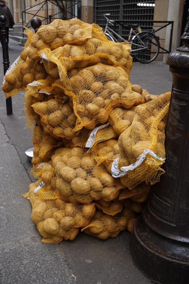 sacks of pommes de terre