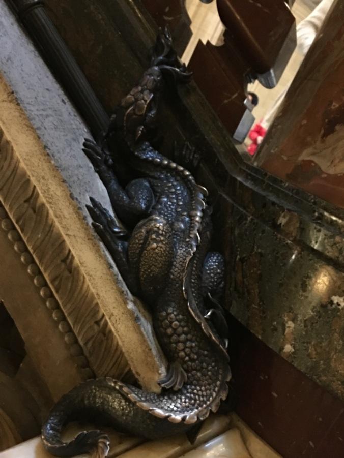 salamander opera